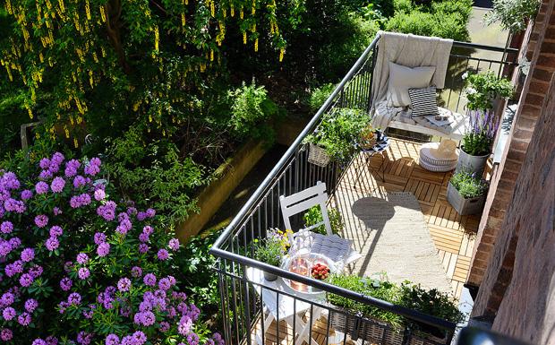 come decorare un balcone primaverile