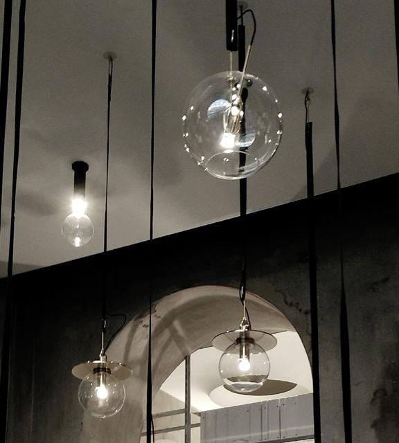 Salone del Mobile Euroluce illuminazione essenziale