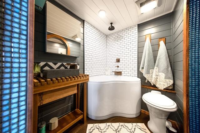 bagno moderno piccola casa
