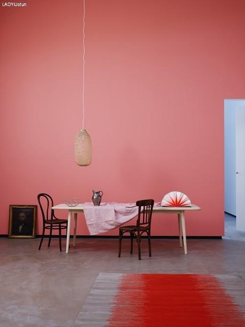 Colore delle pareti: colore deciso per la sala da pranzo