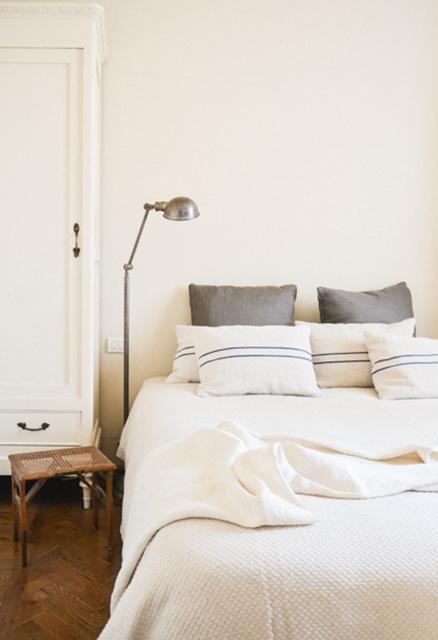 b&b-di-charme-suite-memorie-letto