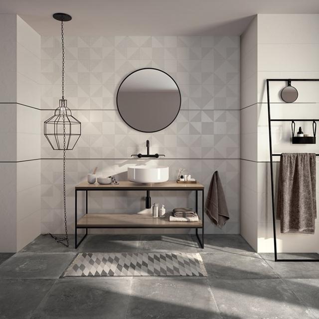 bagno di design con rubinetteria nera