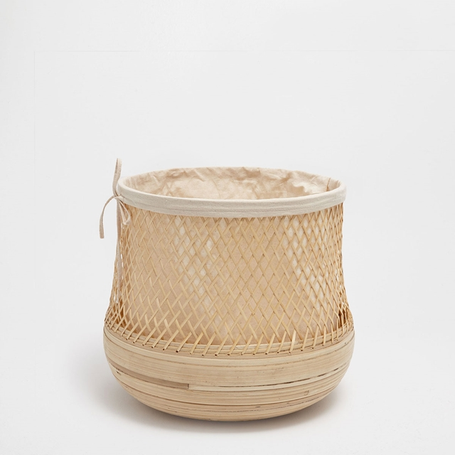 cesto porta-biancheria in fibra naturale per il bagno