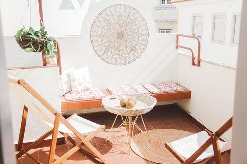 un viaggio in un hotel di design a lisbona terrazzo