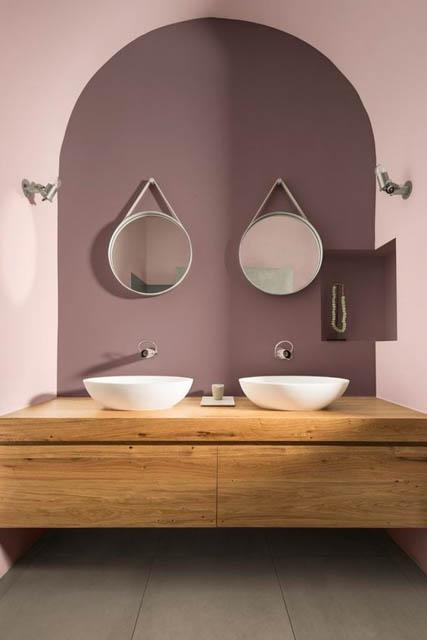 la tendenza casa è il colore heartwood per il bagno