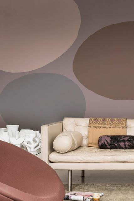 la tendenza casa è il colore heartwood per decorare le pareti