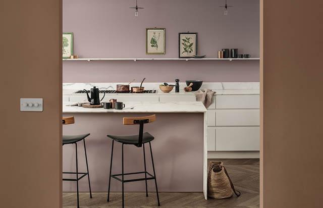 la tendenza casa è il colore heartwood per la cucina