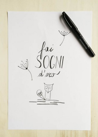 disegno fatto a mano con scritta calligrafica