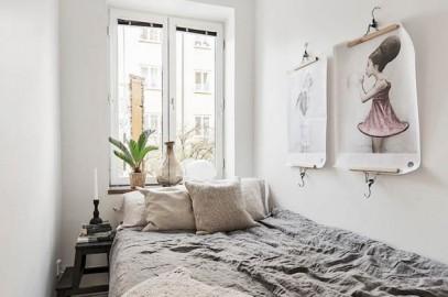 camera da letto con tessili grezzi in stile wabi sabi